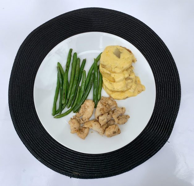 Chicken with Scalloped Potatoes & Green Beans